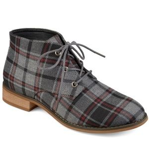 NWOT Journee Collection Tatum Ankle Boots, Plaid